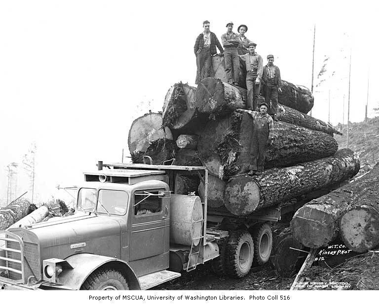 Weyerhaeuser Co loaded log truck photo op  | Logging and