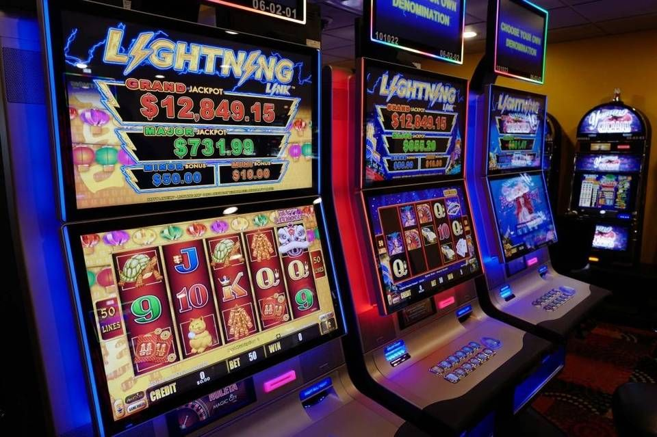 Russian Hackers Cheat On Florida Casinos Slot Machines Game Design Slots Games Slot