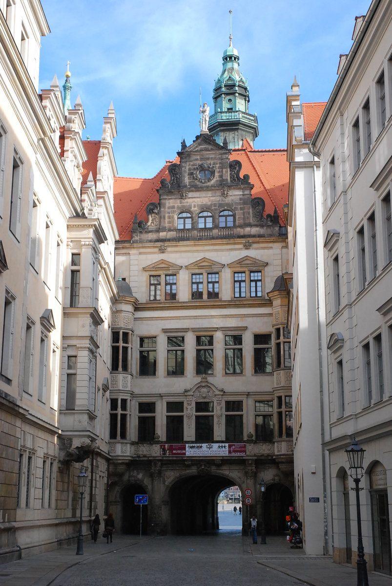 Dresden Schlossstrasse Residenzschloss Georgenbau 29 09 2012 Deutschland Burgen Reisen Deutschland Reiseziele