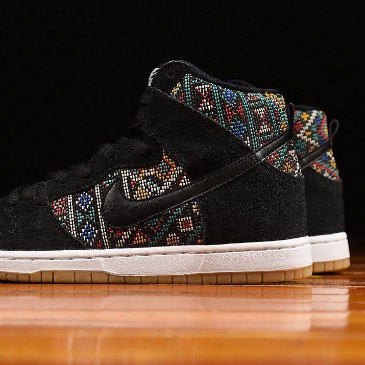 timeless design c3691 c589e Fancy - Nike Dunk High Premium SB Aztec Geometry