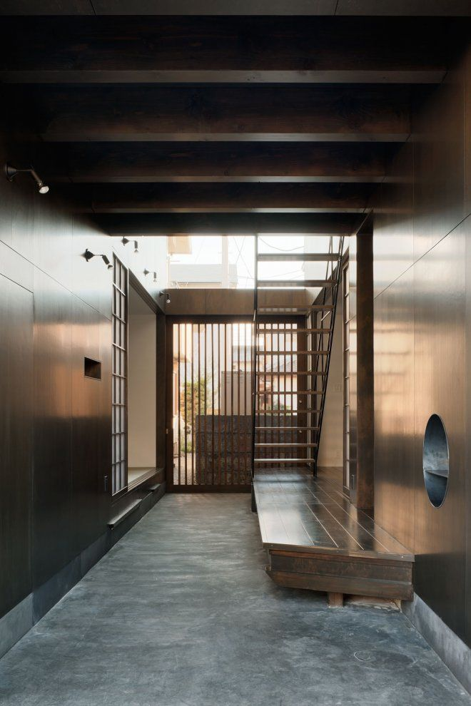 Modern Japanese Style Entrance 古民家 リノベーション