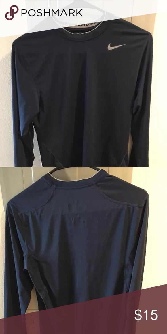 de69d6d638b42 Men's Nike pro combat compression top navy Men's Nike pro combat compression  too navy small Nike Shirts Tees - Long Sleeve