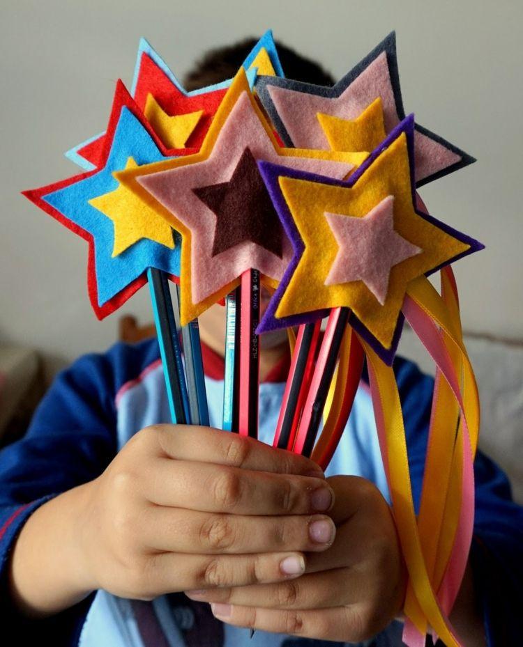 Weihnachtsgeschenke basteln mit Kindern – 13 kreative Bastelideen und Anregungen - Neu Besten #weihnachtsgeschenkebasteln