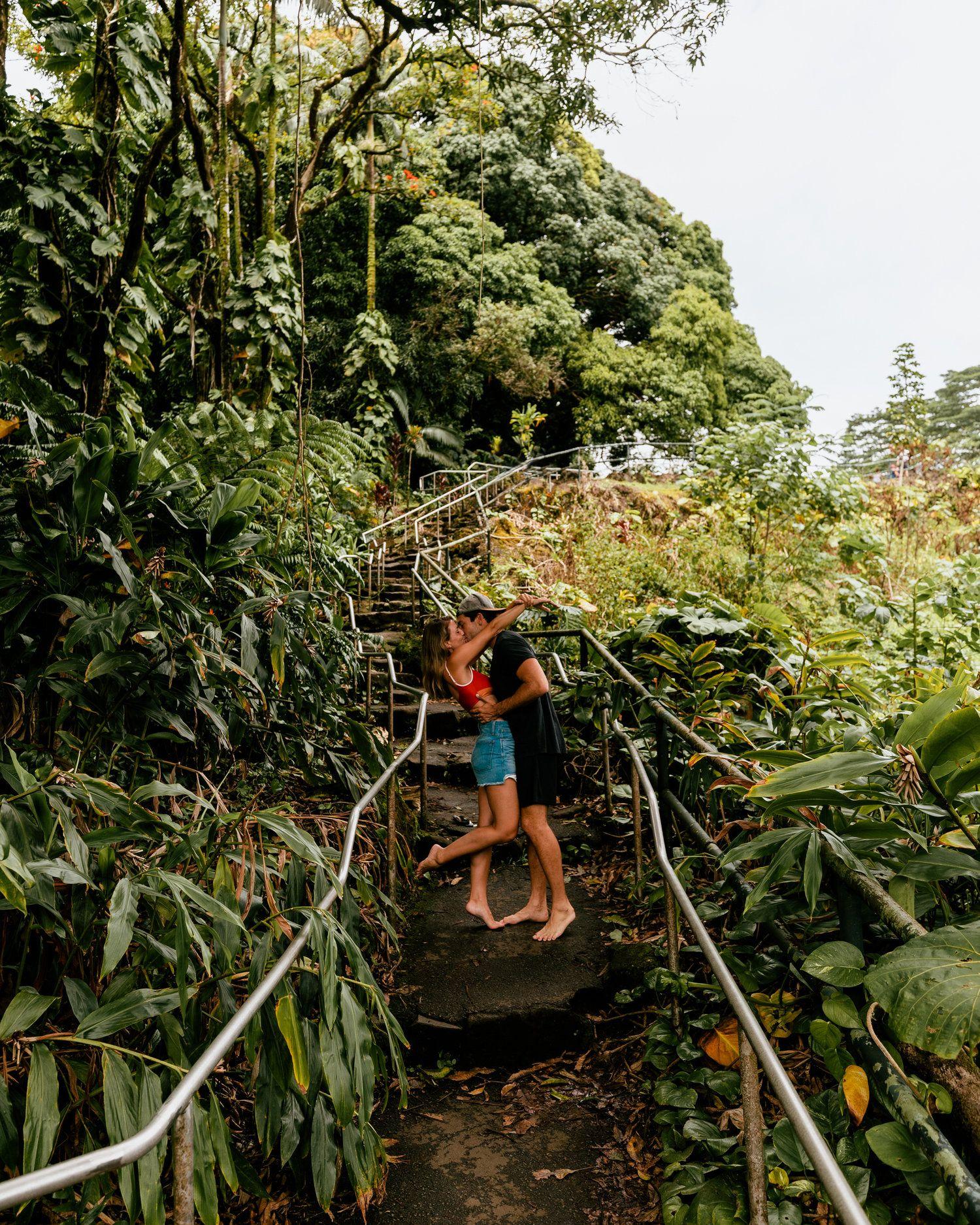 Big Island Hawaii Travel Guide. #rainbowfalls