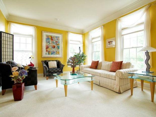 gelbe w nde wohnzimmer heller ger umiger gestalten gelb. Black Bedroom Furniture Sets. Home Design Ideas