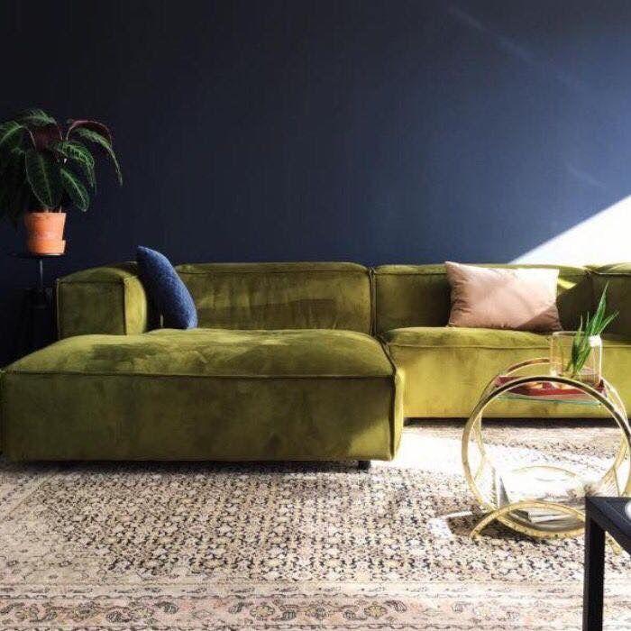 Pin By Lucie Lecomte On Interior Design Green Velvet Sofa Green Sofa Velvet Furniture