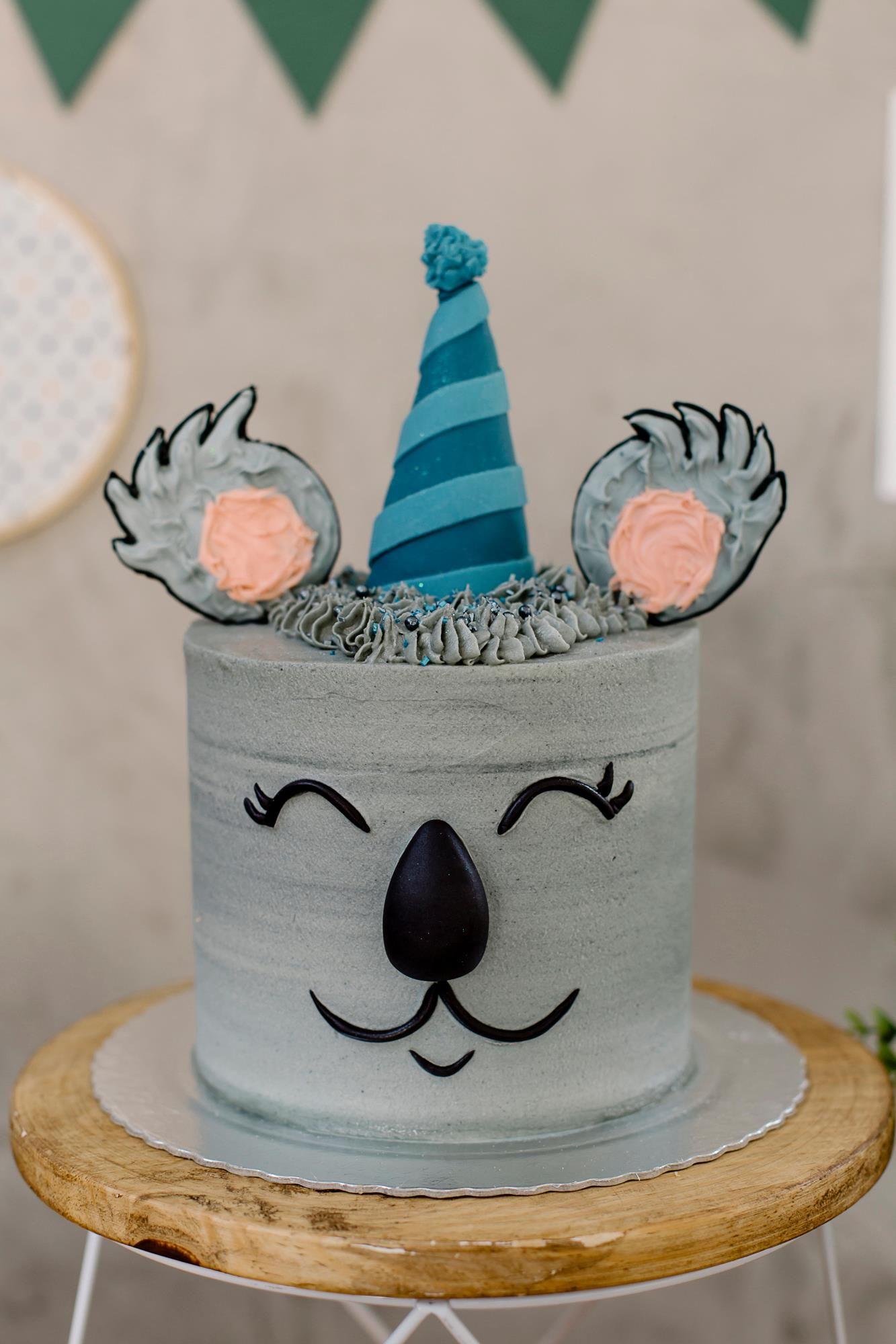 Camila Poli bolo de buttercream maravilhosocamila poli, inspirado na