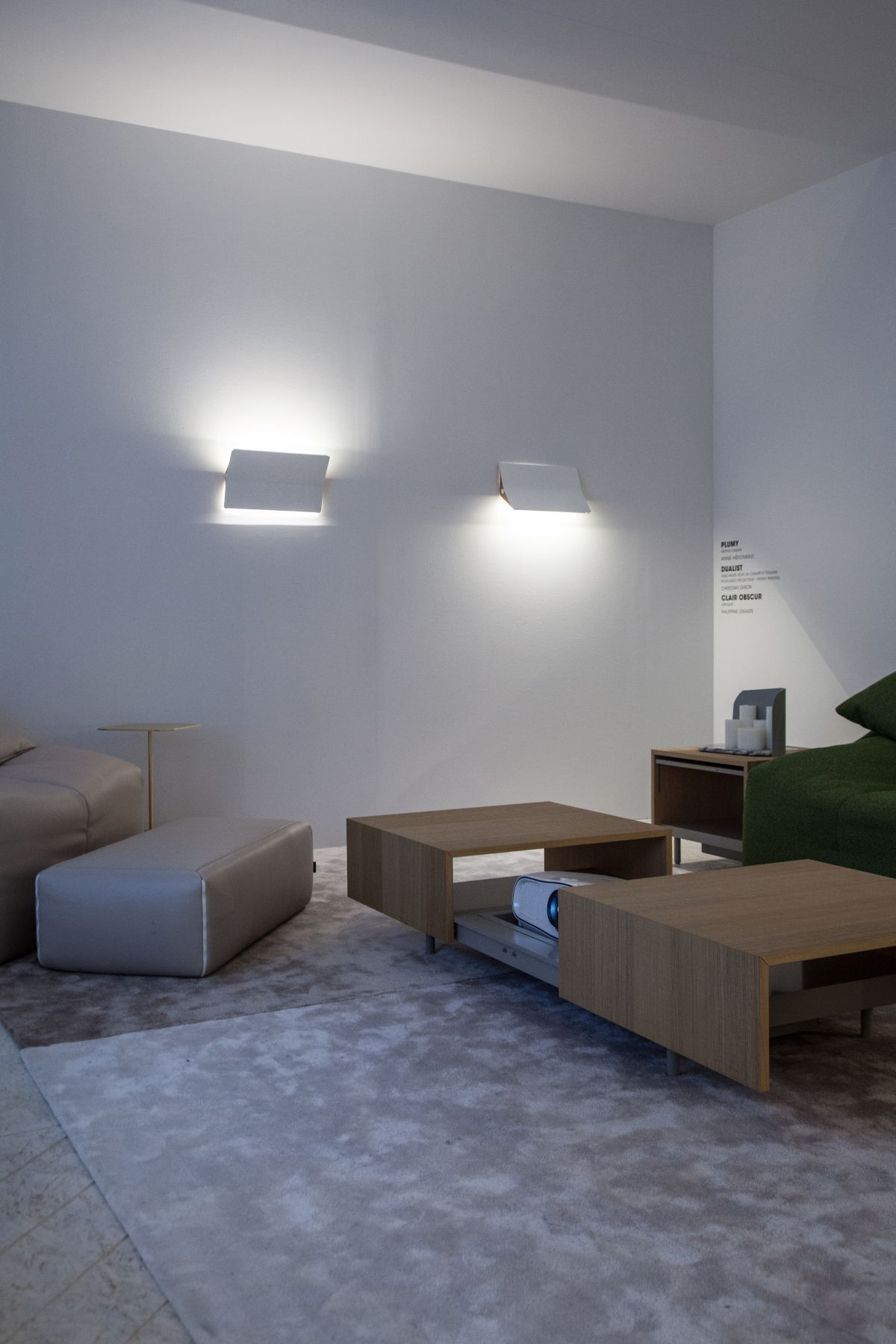 Wall Lights Bring A Room From Drab To Dramatic Wohnzimmer