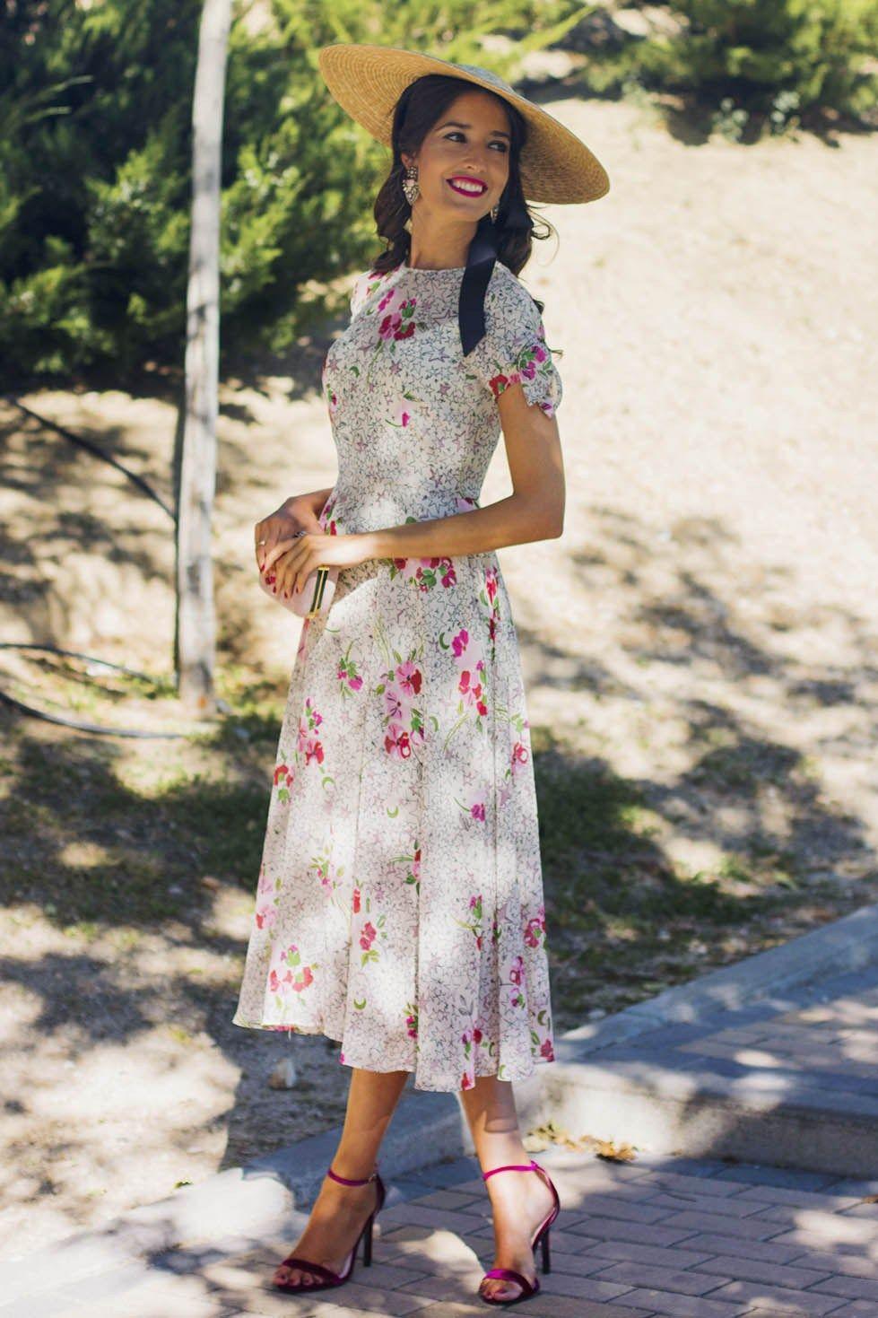 f007bb886 Look lowcost vestido zara invitada boda estampado estrellas Vestidos Zara