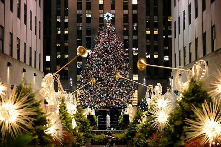Tonight is the annual lighting of the famous Rockefeller Center Christmas Tree in NYC! The Rockefeller Center Christmas Tree usually a Norway spruce 69 to ... & Rockefeller Plaza every year my Dad would take me to see the ... azcodes.com