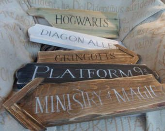 Harry Potter Fairytale Signpost Yard Mancave Signs Hogwarts Knockturn Alley Diagon Al Harry Potter Halloween Decorations Harry Potter Sign Harry Potter Nursery