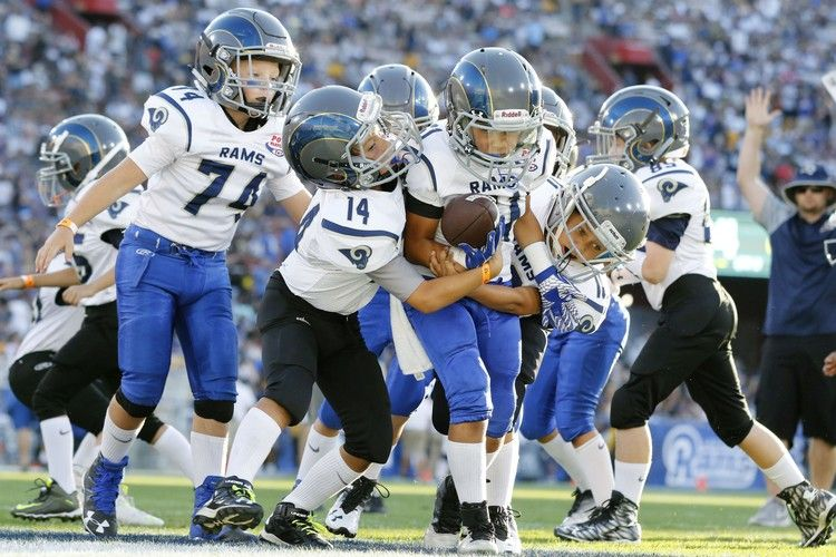 Children should avoid tackle football before high school