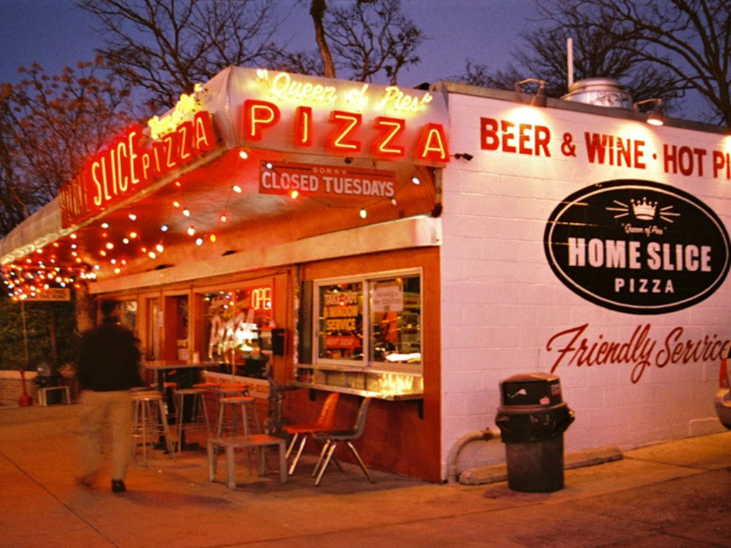Hey Mom And Dad This Is The Best Family Pizza Restaurant In America Gogobot Pizza Place Good Pizza Homeslice Pizza