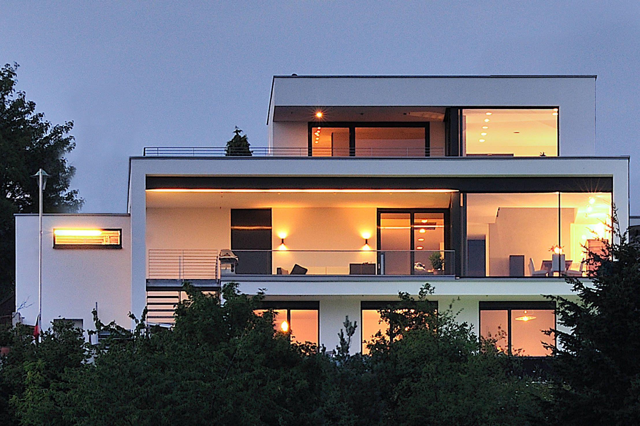 Hausbau moderner baustil  Traumhaus in Traumlage | Traumhäuser, Architektur und Moderne ...