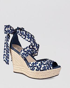 561c55169e Sapatos, Sapatos De Cunha, Sandálias De Plataforma Cunha, Sapatos  Sandálias, Calçados Calcanhares