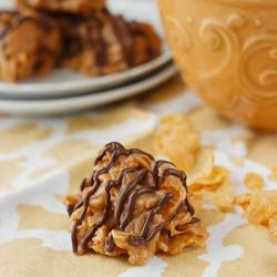 No Bake Peanut Butter Corn Flake Cookies! And only FOUR ingredients!