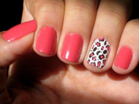 Agora com as estações mais quentes do ano, as novidades nas unhas são bem coloridas e chamativas. Vale tudo para quem quer inovar na nail art, mas têm algumas tendências que prometem vingar com tudo no verão!