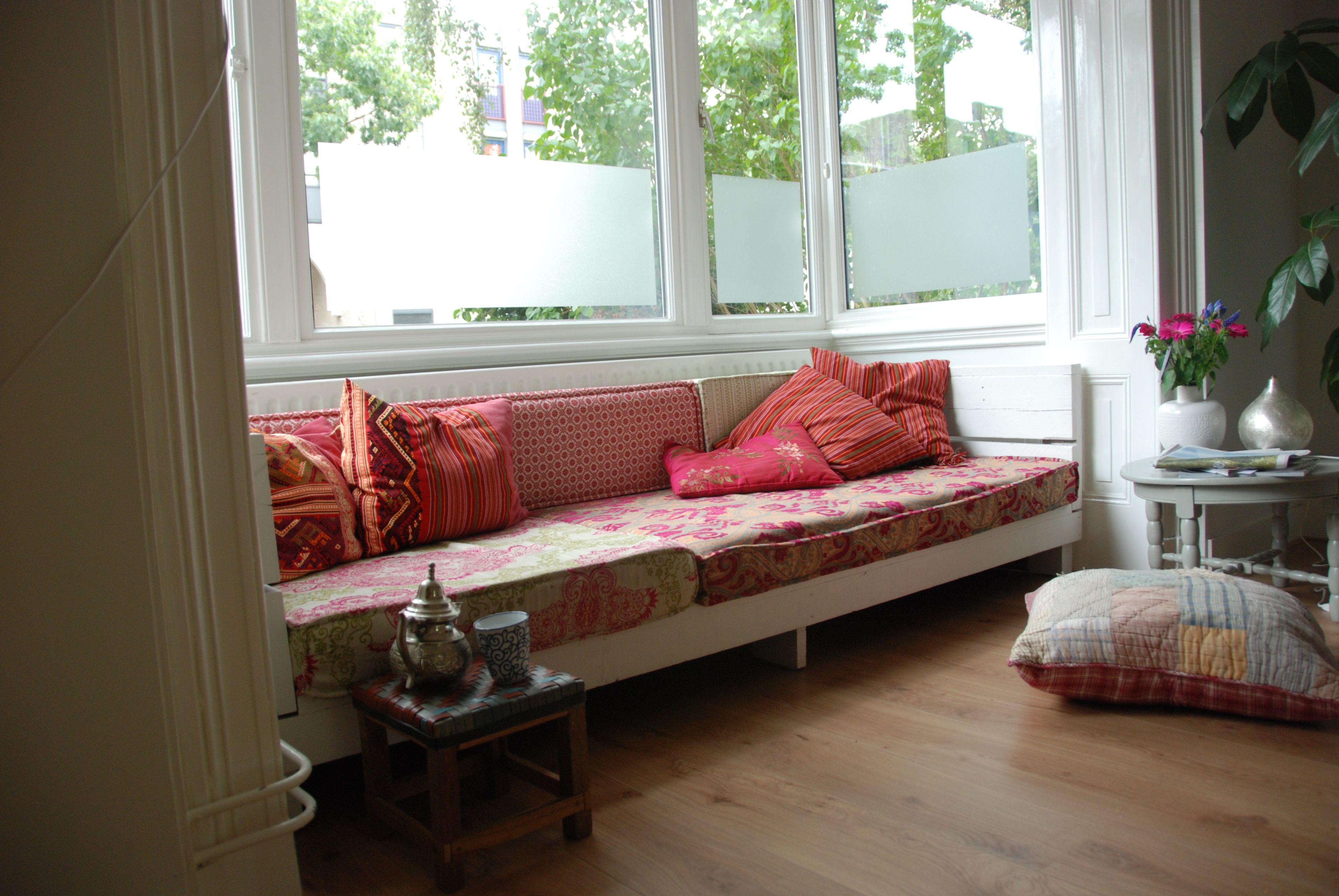 Erker matraskussens kleur bankjes pinterest kleur marokkaans interieur en huiskamer - Kleur van meisjeskamers ...