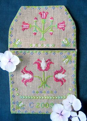 Tulip Pocket Beardie Design