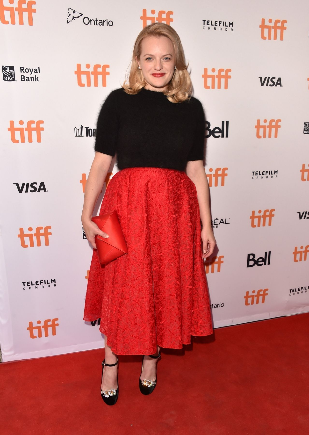 Elisabeth Moss in Rochas Red carpet fashion, Nice