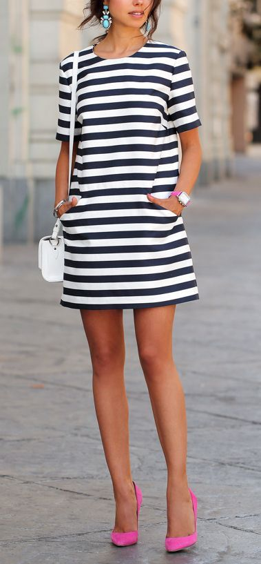 e35d264e70 26 Striking Ways to Wear Bold Stripes More