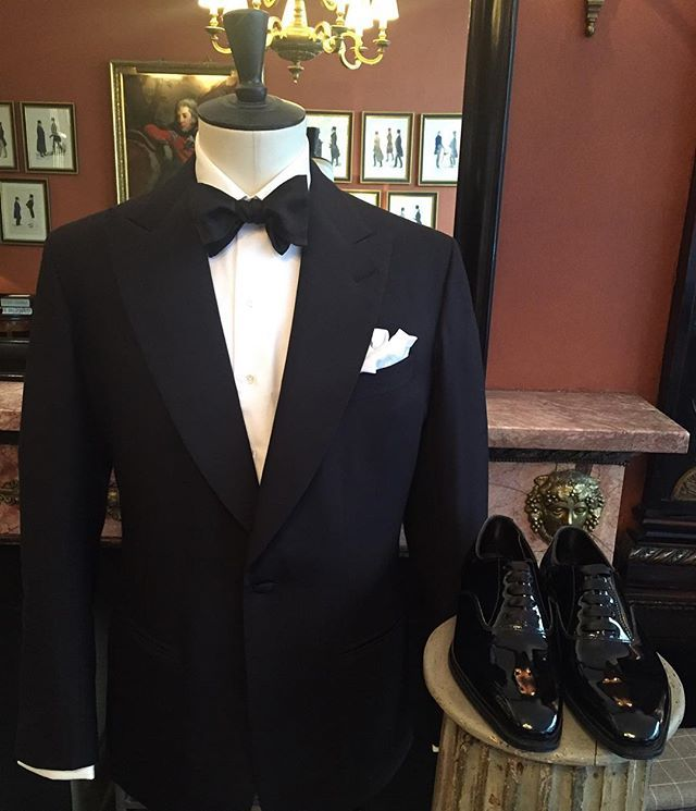 The Anderson Sheppard Shop On Instagram Spot The Difference Our Second Award Season Look In Partnershi Wedding Suits Men Suit Fashion Anderson Sheppard