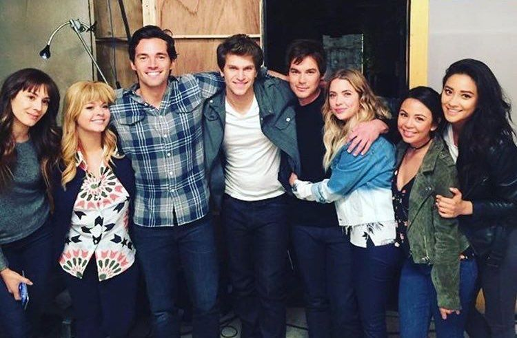 Pin by a on cast pretty little liars series pretty