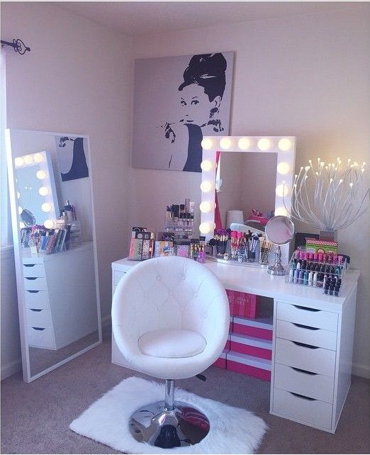 Pin von ღ💞Brianna Elise💞ღ auf Make up station. | Pinterest ...