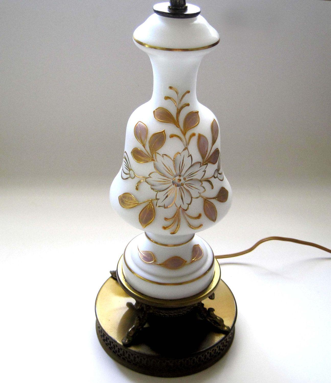 Vintage glass table lamps - Vintage Table Lamp Hollywood Regency Gold Filigree Base Thick Gold Flower Design White Glass Home Decor Vintage Lighting