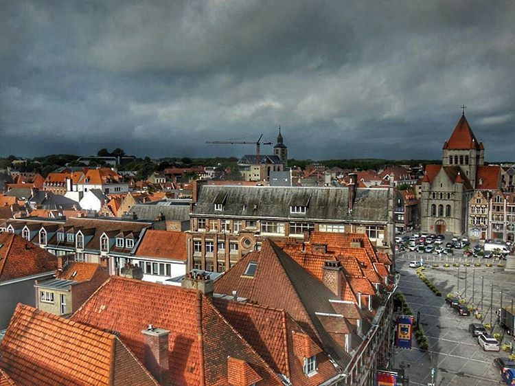 The rain falls on #Tournai  http://bit.ly/1Y3ZpKv