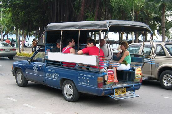 How To Get From Krabi Town To Ao Nang And Railay Beach Distance From Krabi To Ao Nang Is Around 18km And It Takes About 20 Minutes By Taxi Around 400 500b On