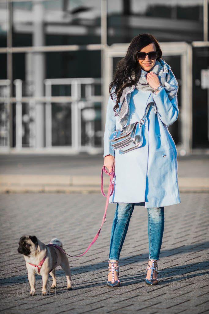 Outfit blauer Wollmantel und silberne Details    Winteroutfit    Julies Dresscode    #ootd #fashion #fashionblogger