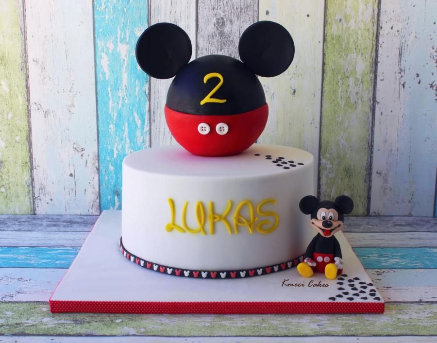 Mickey Mouse by Kmeci Cakes