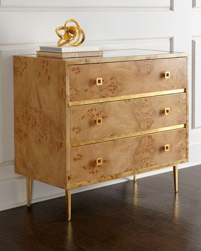 H7VDL Woodard Chest