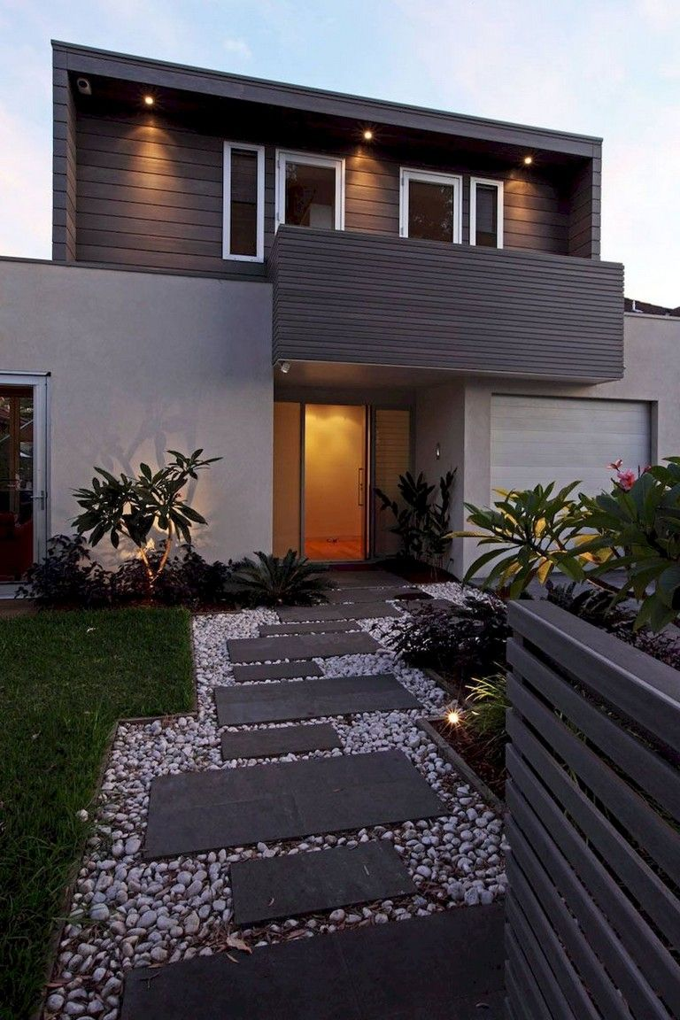 30 Lovely Front Yard Designs And Ideas Homedecorideas Homedecor Homeinspiration Modern Front Yard Front Yard Garden Design Front Yard Design