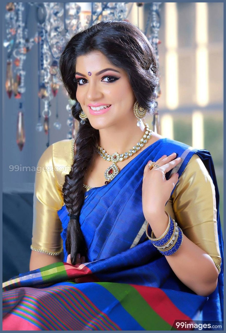 Pin on Aparna Balamurali Latest HD Photos/Wallpapers (1080p)