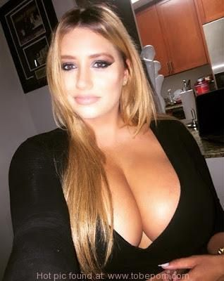 girl selfie Young big boobs