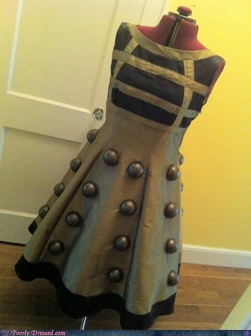 So cute! If I could, I would totally make a dress like this!