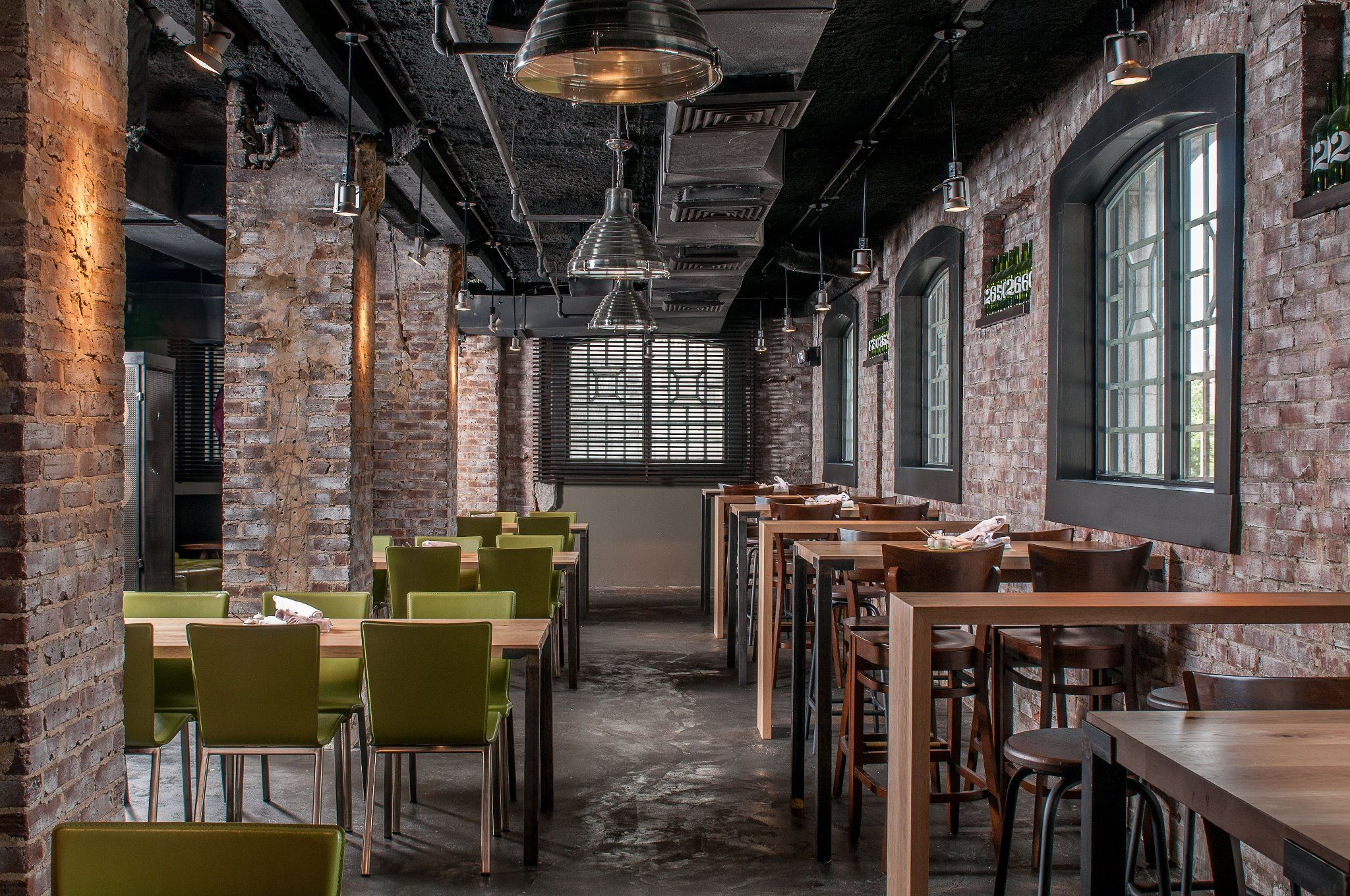 gorgeous exposed brick restaurant interior | architecture and
