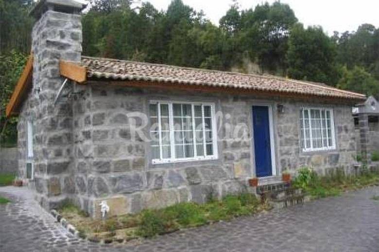 Casas de campo peque as buscar con google dise os en for Disenos de casas de campo pequenas