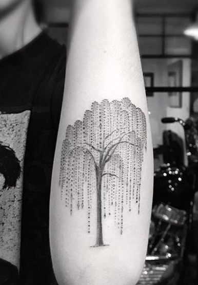 Small Willow Tree Tattoo : small, willow, tattoo, Frances, Cobain's, Chandelier, Willow, Tattoo, Inimitable, Tattoos,, Tattoo,, Designs