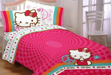 Amazon Com Hello Kitty Peace Kitty Full Comforter Home Kitchen