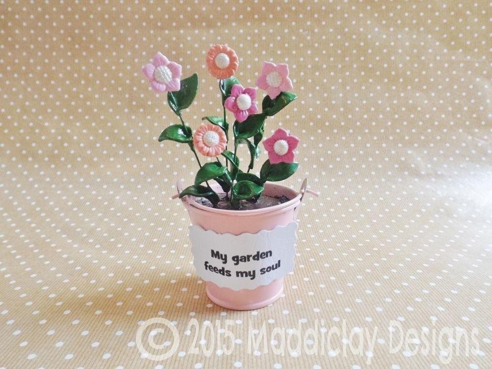 Gardeners Gift Flower Pot Sculpture Garden Floral Ornament Home Decor Gift Idea