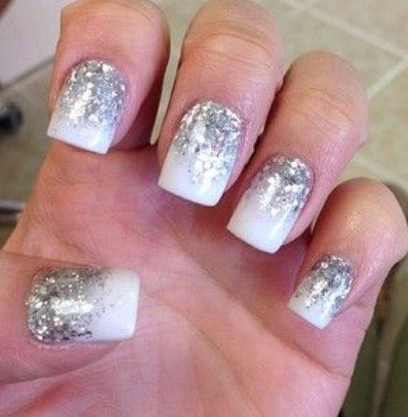 White and Silver Sparkle Gel Nails. Mirror Mirror Salon and Spa Kelowna BC #gelnails #nailart #nailcolour #kelownasalonandspa #mm