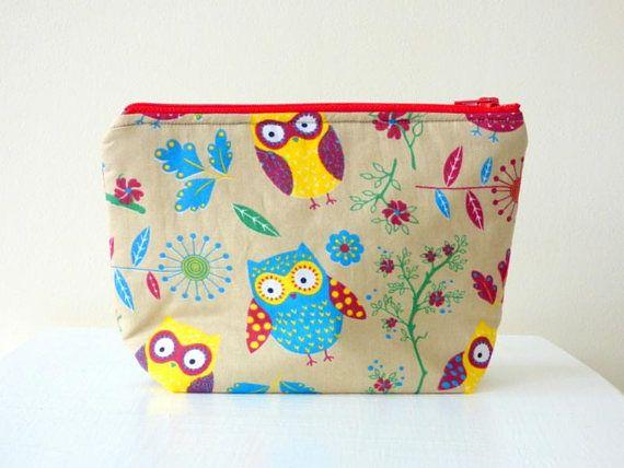 b6a6e3127762 Owl Print Makeup Bag