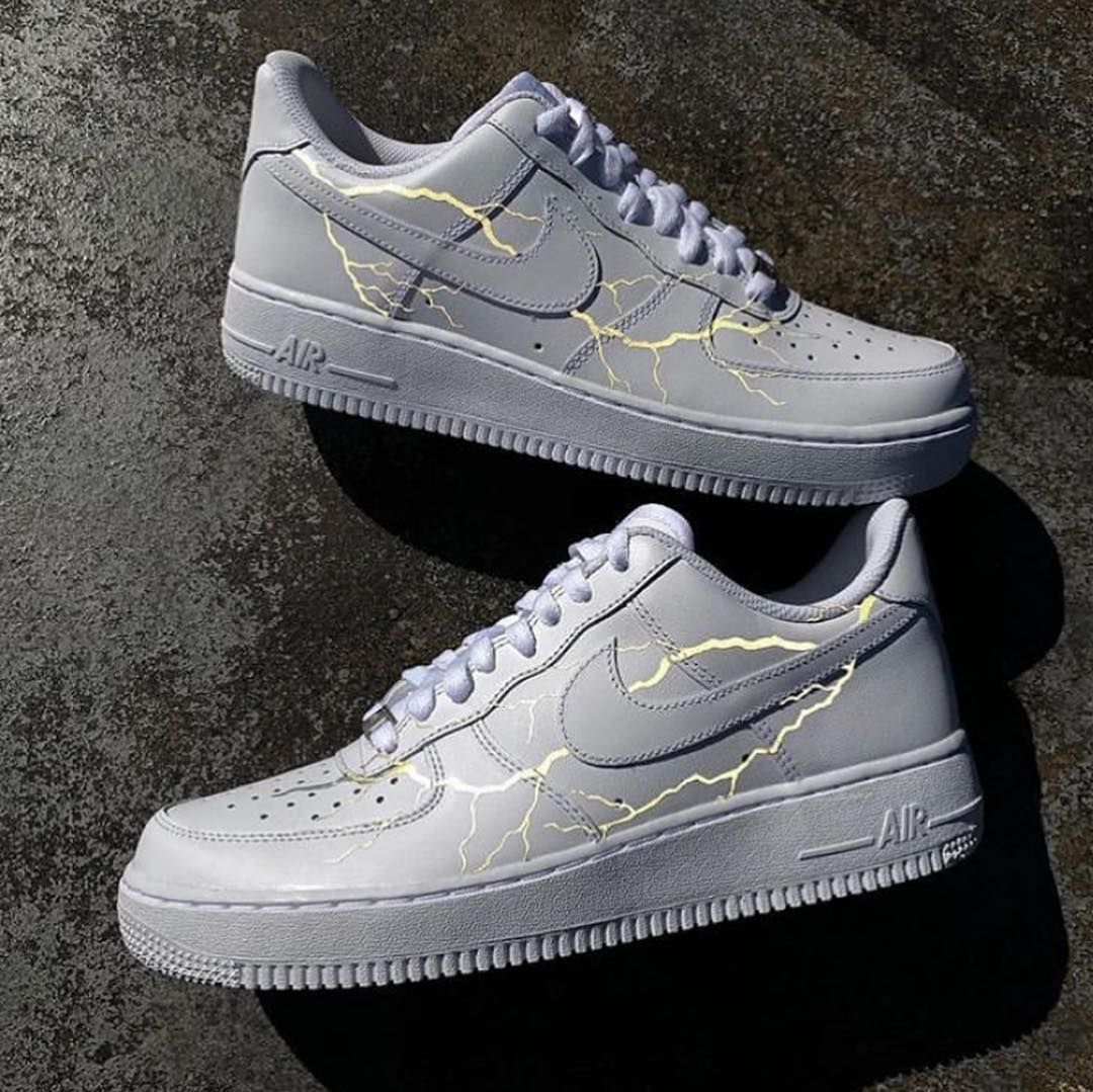 Billie Eilish, Nike Air Force 1, Air Force 1, Custom Air Force 1, Haruki Murakami, Murakami, Takashi Murakami, Custom Sneakers, Custom Nikes