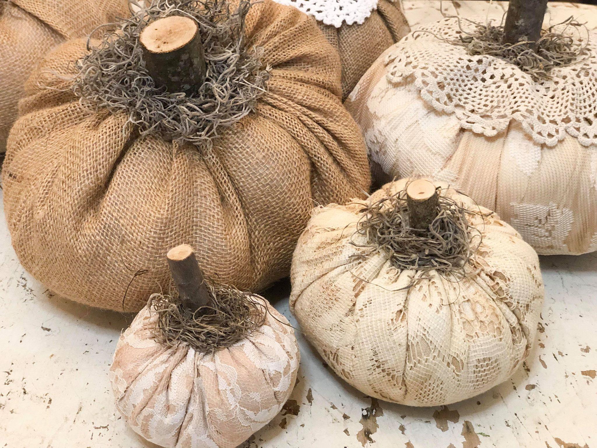 DIY Fabric Pumpkin - The Shabby Tree