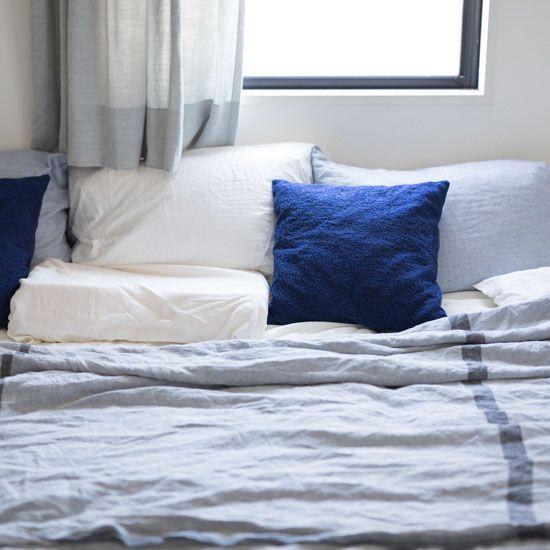 熱帯夜の対策に エアコンに頼りすぎない 涼感アップ の寝室をつくるコツ 画像あり インテリア インテリア 参考 寝室