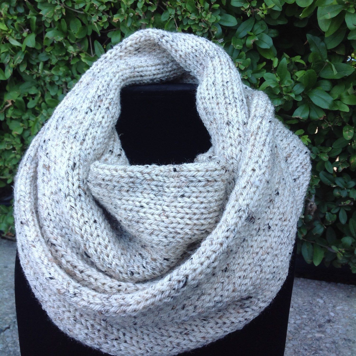 Hand made knit infinity scarf in oatmeal. Chunky double layer. by LidiaEvansDesigns on Etsy