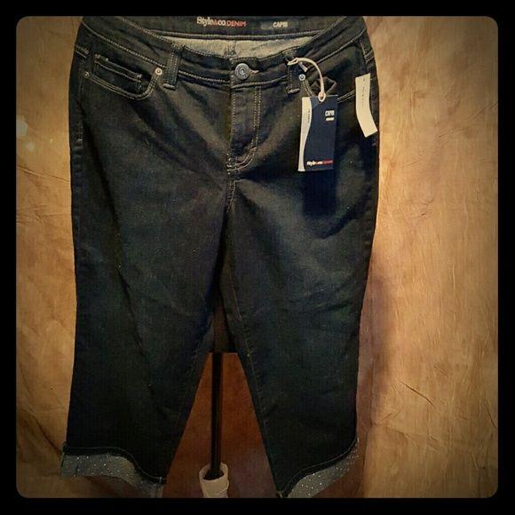 NEW MACY'S STYLE & CO CAPRI DENIM Style & Co Capri Denim Style & Co Pants Capris